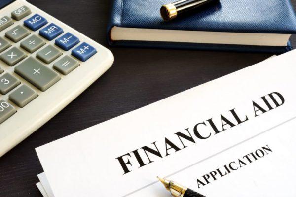 financial aid là gì