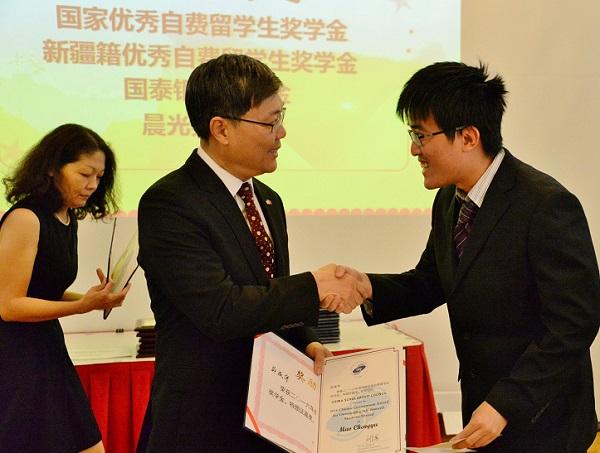Điều kiện xin học bổng du học Trung Quốc chính xác nhất